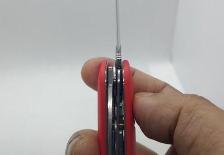 Swiza D0 4- liner lock